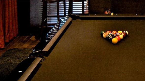 billiard hotel