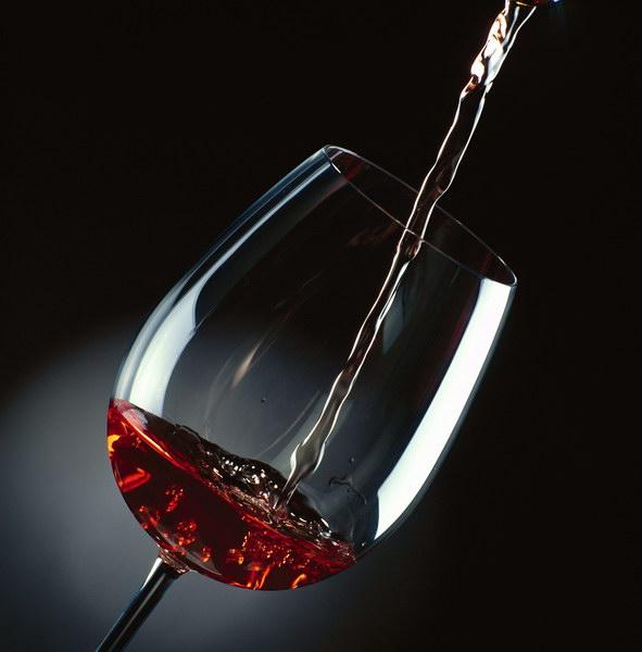 les chinois pr f rent le vin rouge marketing chine. Black Bedroom Furniture Sets. Home Design Ideas