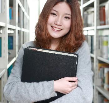 Polémique autour des étudiantes chinoises en France