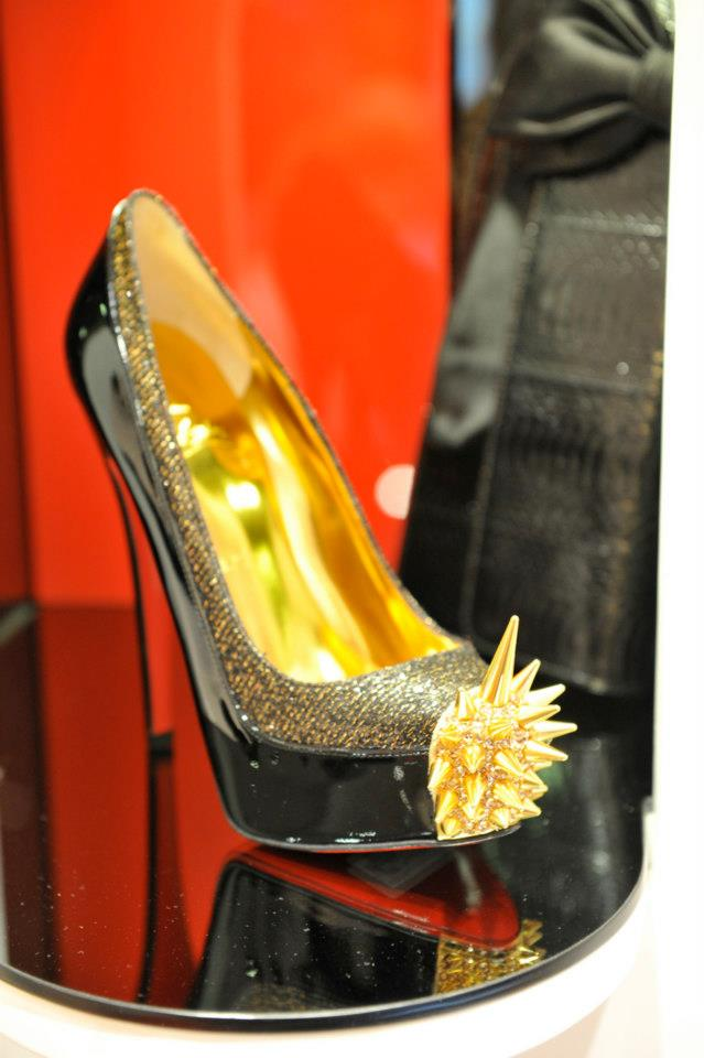 christian louboutin paris champs elysees