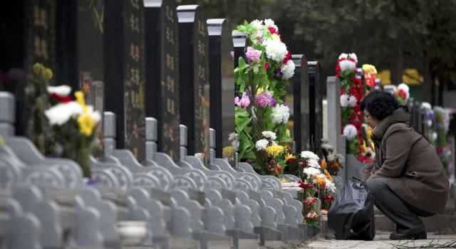 Le marché juteux des tombes en Chine