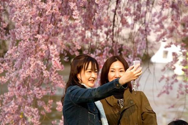 Les habitudes des Chinois changent peu à peu : voyager plus et boire moins