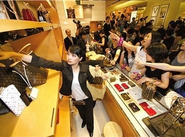 Qui sont les chinois qui achètent le luxe?