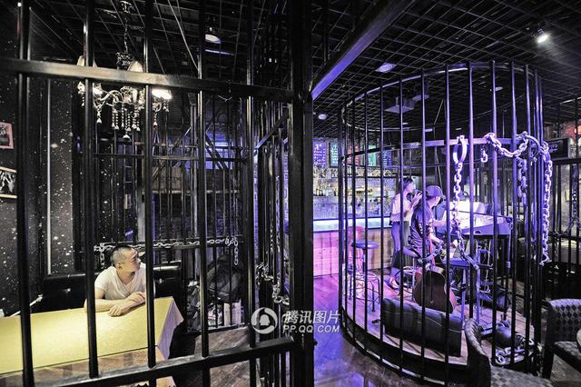 tianjin-prisonrestaurant-1