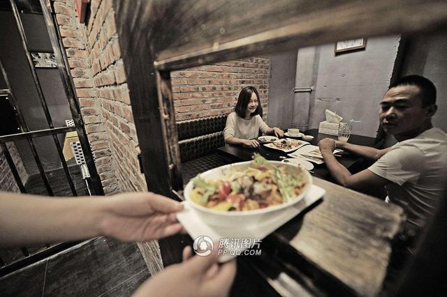 tianjin-prisonrestaurant-2