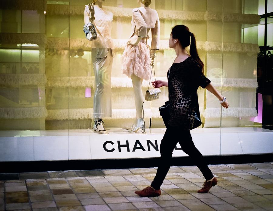 La fin du shopping de luxe pour les touristes chinois ?