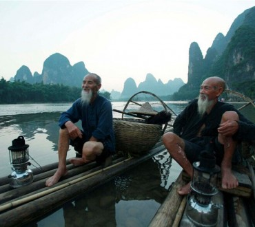 2 vieux pêcheurs chinois retiennent l'attention des médias