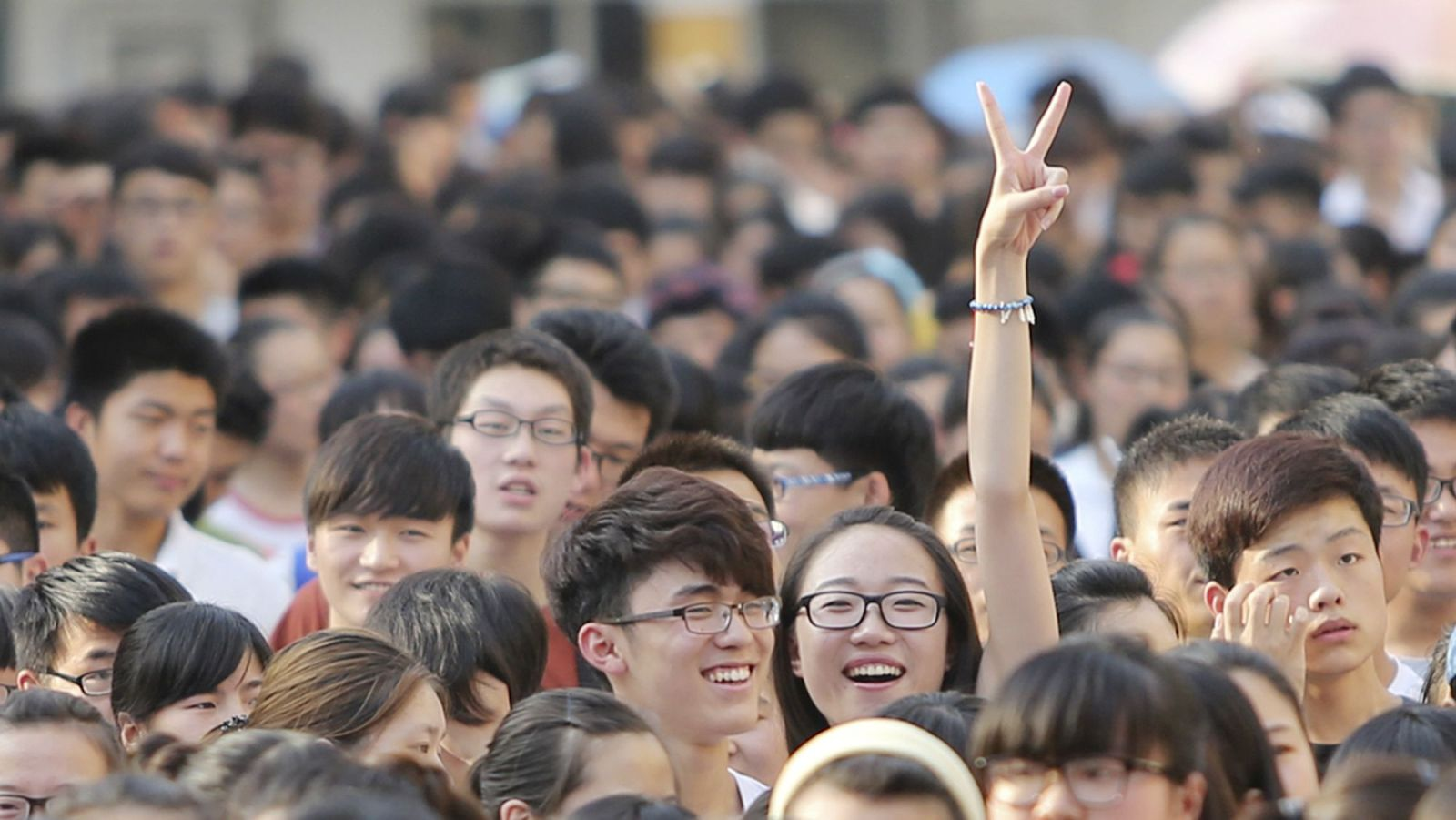 china-millennial-tiananmen_crop