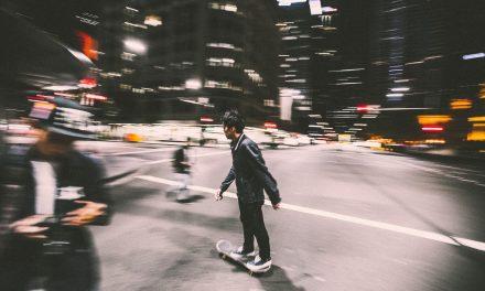 Le skateboard en Chine : ca marche comme sur des roulettes