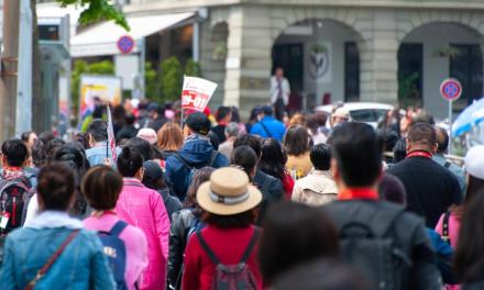 Les touristes du méga-tour chinois de Suisse