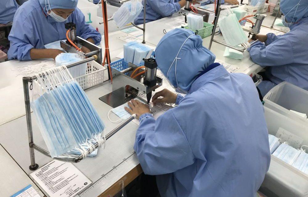 Une usine en Chine qui fabrique 10 millions de masques par mois